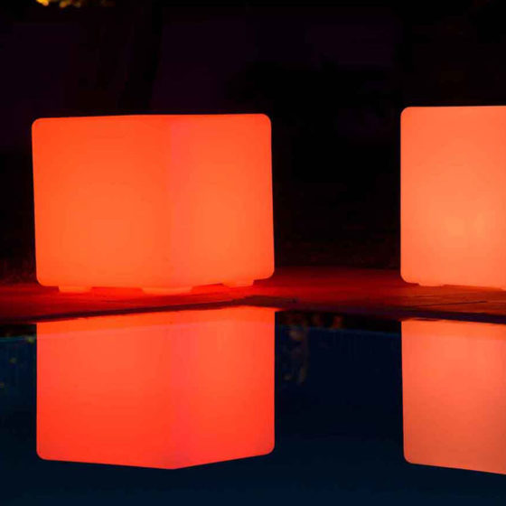 1-VSWWP-Illuminated-Astrium-Cube-Pink-a
