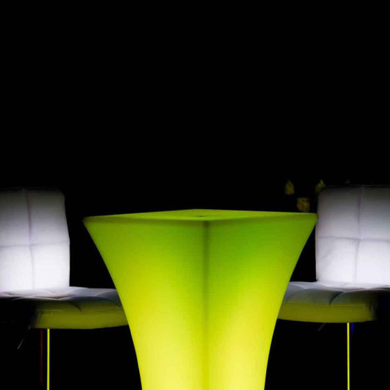 10-KRGWP-Illuminated-Sirocco-Cocktail-Table-Green-a
