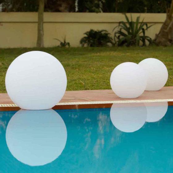 3-VRWWP-Illuminated-Calima-Ball-35x35cmH-a
