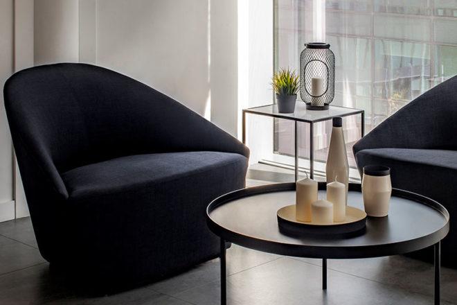 Feestoon Lounge Chair Black - Furniture Rental Dubai